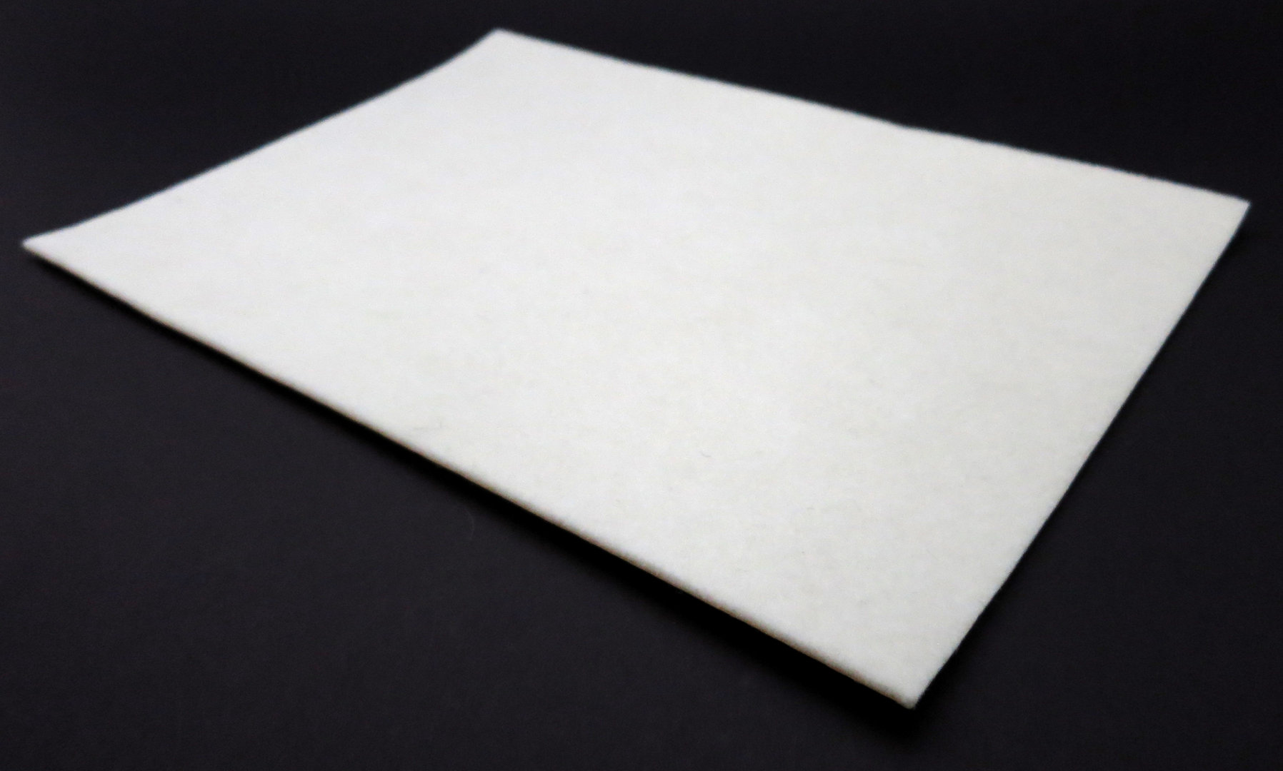 Filzgleiter quadratisch ab 5x5cm, 2mm dick   selbstklebend   weiß